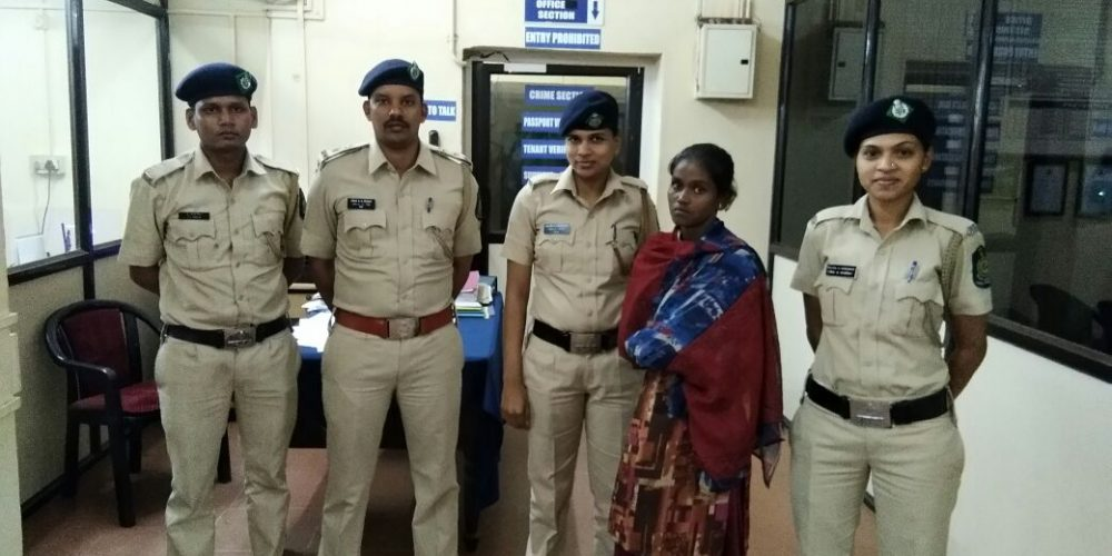 Woman balloon vendor held with drugs worth Rs 50,000