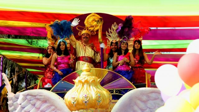 Costumes, floats, music, and fun- Viva Carnival!