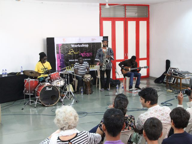 Cheikh Lo – An energetic musician's workshop