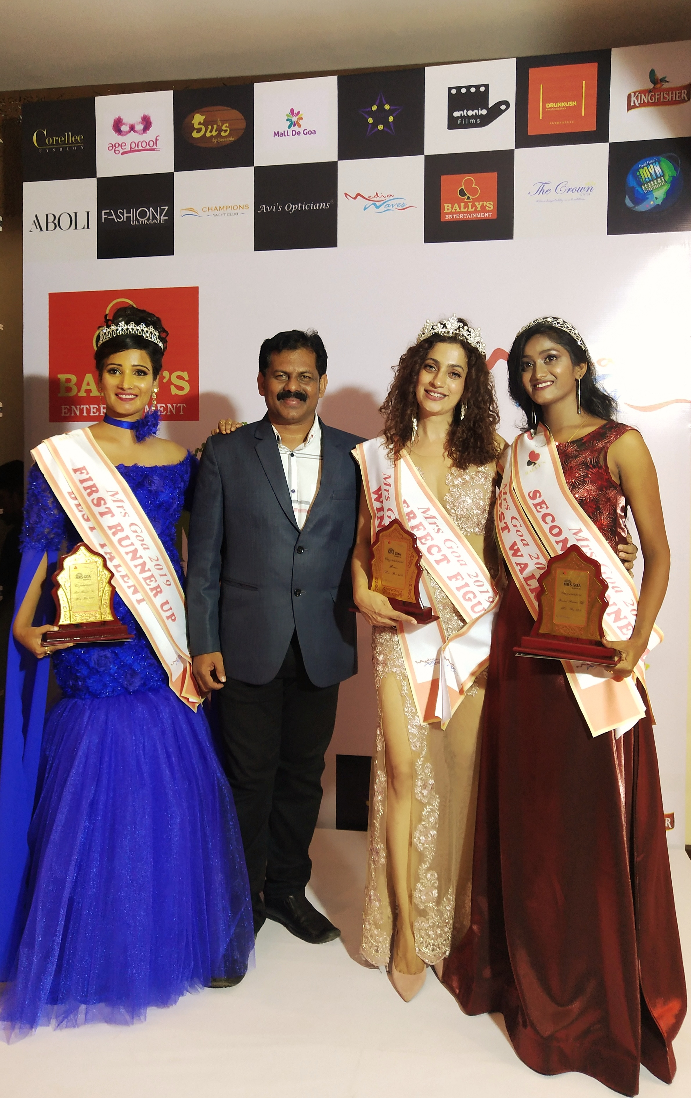 Mrs Goa 2019 Season 3 Pageant Crowns Sultana Desouza Gogoanow Goa Events