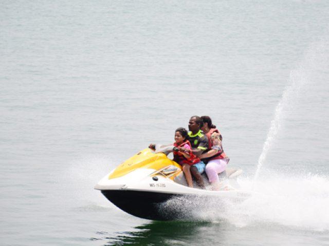 Operator dies as jet-ski crashes into Dona Paula jetty