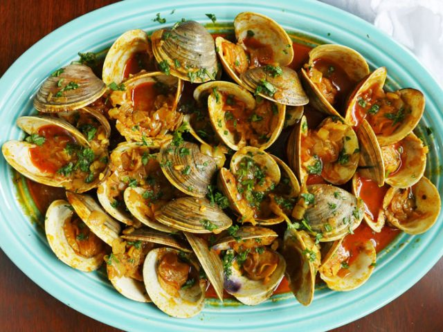 From Grandma's Kitchen: Dry Tisreo (Clams)