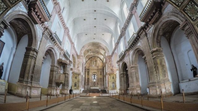 Backpacking Guide: Old Goa